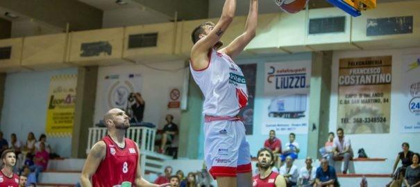 Basket serie B : Bella Vittoria della Costa d' Orlando che supera Lucca per 75 a 68